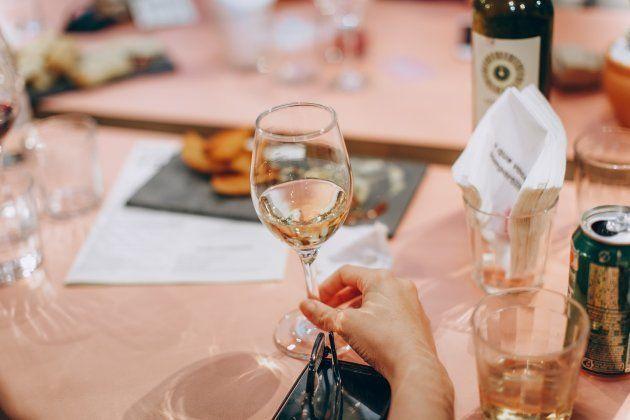 Conhecer seus gostos e trocar ideias te ajudam a apreciar melhor o vinho