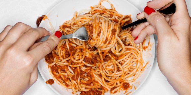Os participantes não só não ganharam peso, como também emagreceram: em média, cada um perdeu cerca de...
