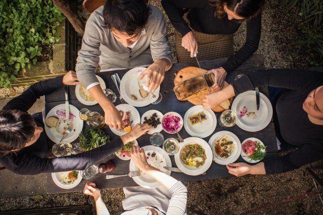 8 bares e restaurantes em SP para quem gosta de compartilhar