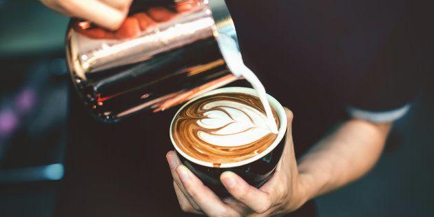 A dose máxima de cafeína deveria ser de cerca de 400 gramas por dia.