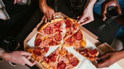 Por que é tão difícil resistir a um pedaço de pizza ou batata frita, segundo a