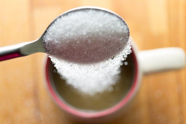 Qual o melhor açúcar? Listamos dos mais saudáveis aos piores no