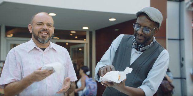 Ao compartilhar vídeo nas redes, Burger King destaca que não apoia nenhum candidato nas eleições 2018.