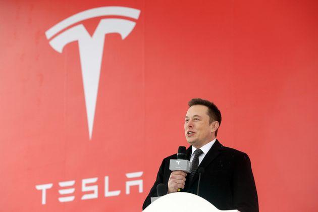 Tesla lance la construction d'une