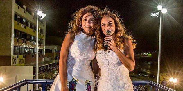 'Vai ter casamento gay, alguém contra?': Daniela Mercury celebra união com Malu em cima do