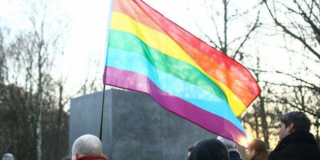 Alemanha perdoará 50 mil gays condenados por lei nazista na 2ª Guerra