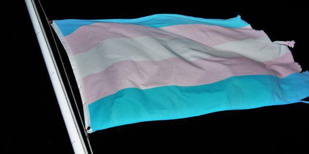 Transexual pode mudar registro civil? Decisão está nas mãos do