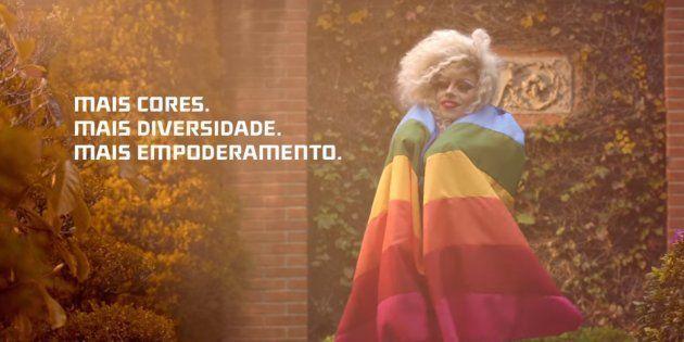 Uma marca de salgadinhos abraçou a causa LGBT e quer que você faça o