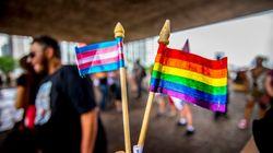 Psicólogos estão proibidos de tratar travestilidade e transexualidade como doença ou
