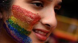 Agora transexuais e travestis podem usar nome social em todas as escolas do