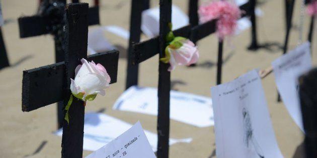 Manifesto realizado na praia de Copacabana lembra as vítimas da transfobia no