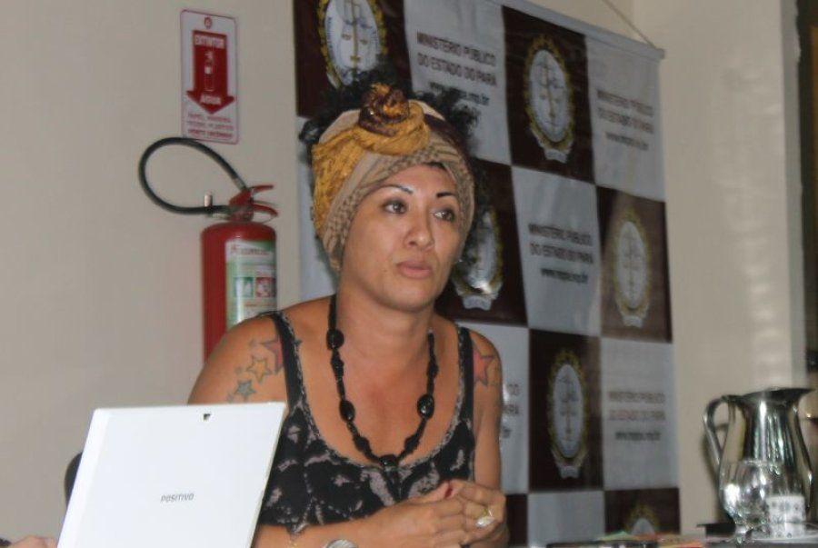 A ativista Barbara Pastana em audiência em Belém, no Pará, que liberou portaria para garantir que travestis...