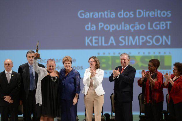 Keila Simpson recebeu o Prêmio Direitos Humanos, durante o Fórum Mundial de Direitos Humanos em