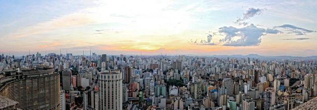 Londres (acima) x São Paulo (abaixo): diferenças grandes apesar de ambas serem