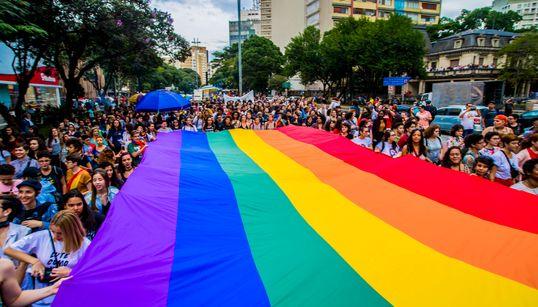 3 iniciativas que ajudam a encontrar candidatos LGBT para o
