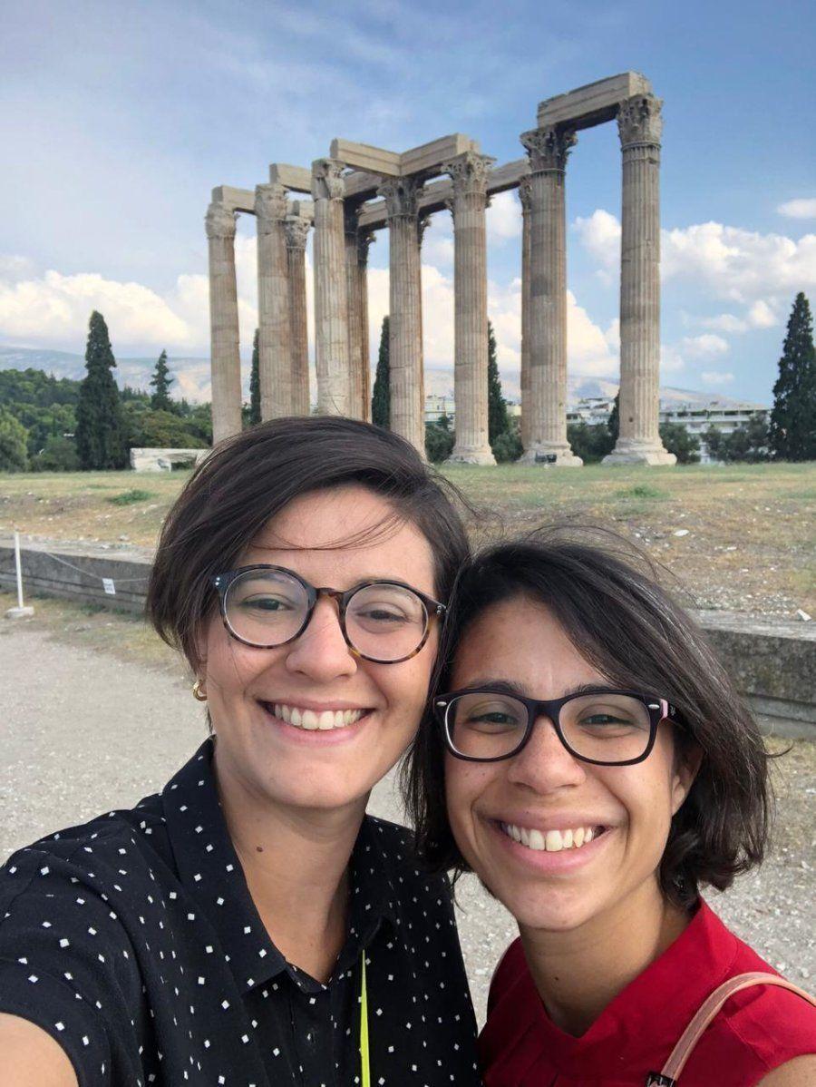 A jornalista Yasmin Abdalla, 28, e a namorada, a também jornalista Raissa Pascoal, 27, também optaram...