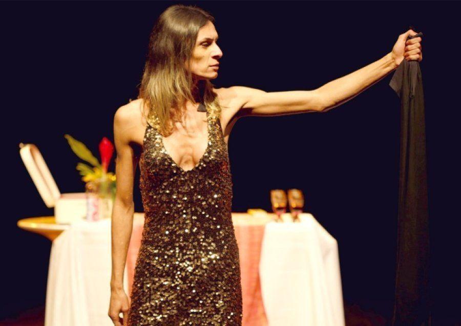 Atriz Renata Carvalho na peça