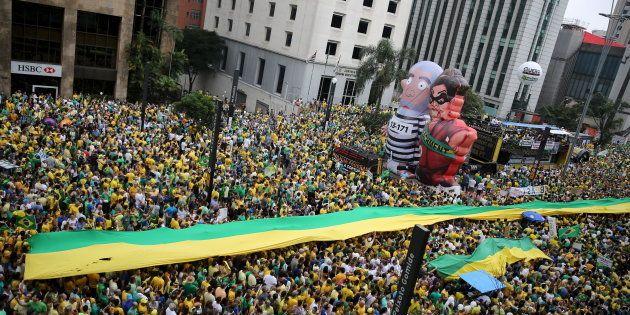 Protesto de 13 de março de 2016 antecedeu aprovação de prosseguimento de impeachment de Dilma na