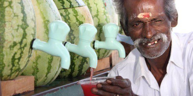 Este indiano está fazendo sucesso na internet com suas