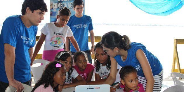 Maratona Maker realizada em parceria com a Intel para as crianças
