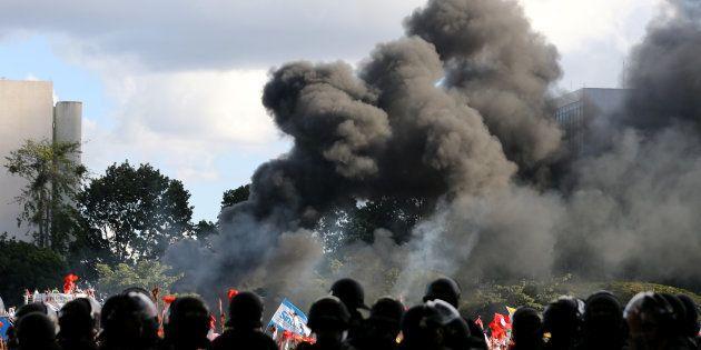 Protestos do dia 24 de maio foram marcados por violência e pleito pela antecipação de eleições