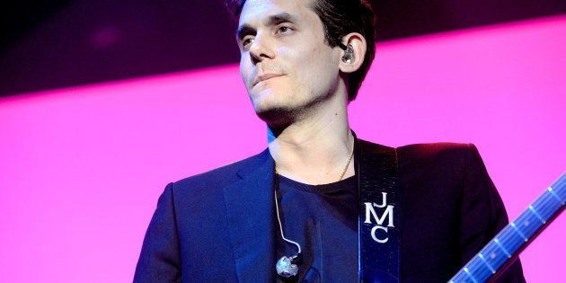 John Mayer na turnê 'The Search for Everything Tour 2017' no The Forum em 21 de Abril de 2017, em Inglewood,...