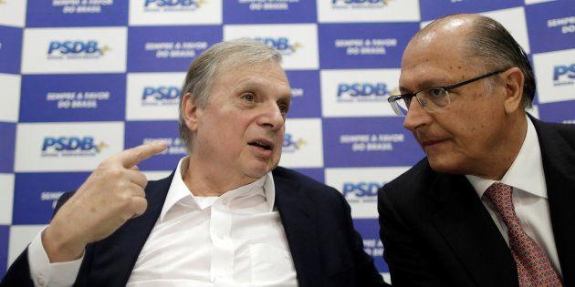 Líderes do PSDB, senador Jereissati e governador Alckmin, reuniram cúpula da sigla em Brasília esta