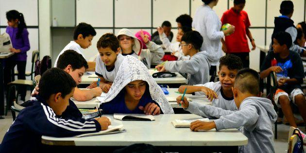 Investir nas pessoas e nas escolas garantirá um ambiente mais favorável no