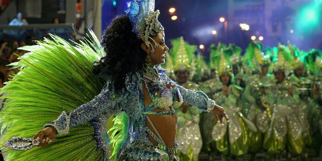 As escolas de samba devem buscar aautonomia financeira de seu