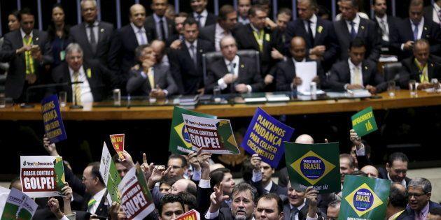 Mulheres são minoria na Câmara dos Deputados: apenas