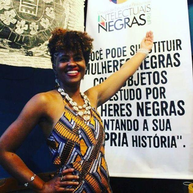 Giovana Xavier, organizadora do catálogo 'Intelectuais Negras