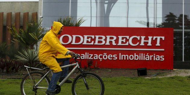 Grandes empresas brasileiras, como Odebrecht e JBS são acusadas de pagamento de