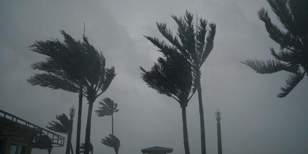 Furacão Irma chegou neste domingo (10) à Flórida, no sul dos Estados