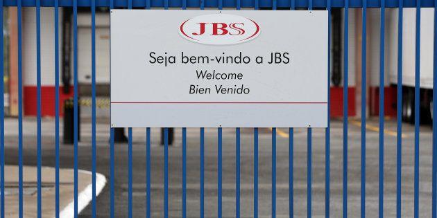 Donos da JBS violaram leis e tiveram relação promíscua com