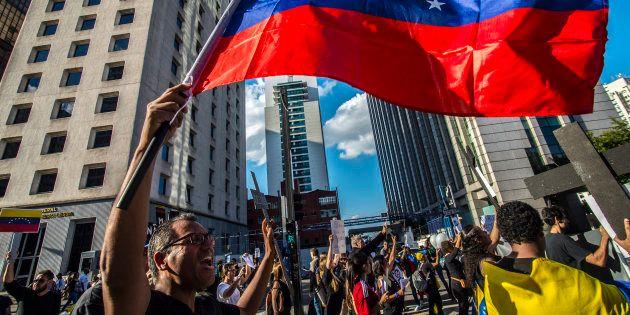 Em maio, venezuelanos residentes em São Paulo protestaram contra o presidente Nicolás Maduro e as violações...