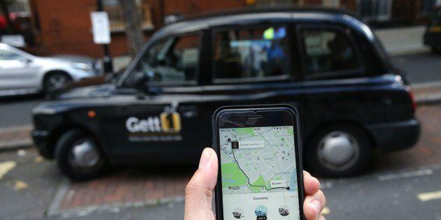 Os táxis vêm perdendo espaço para os aplicativos por quatro fatores: o preço mais baixo, a rastreabilidade,...