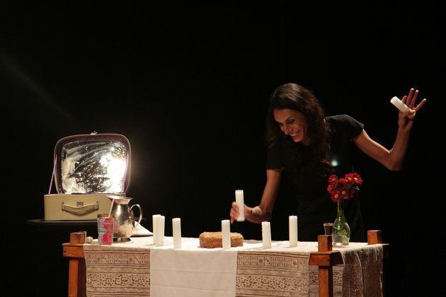 Atriz Renata Carvalho encena Jesus na peça