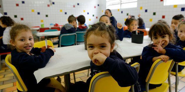 Como podemos fazer que o ensino público saia do papel e entre nas salas de aula de todo o