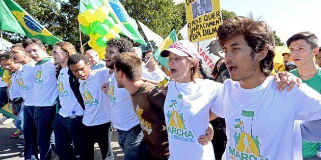 Integrantes do MBL durante a Marcha da Liberdade, que pedia o impeachment da presidente Dilma