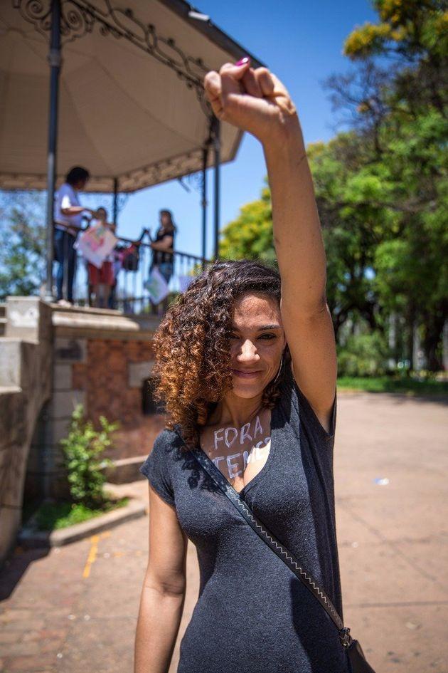 A médica obstetra Krisley Castro participou da manifestação para salvar o Sofia Feldman em Belo