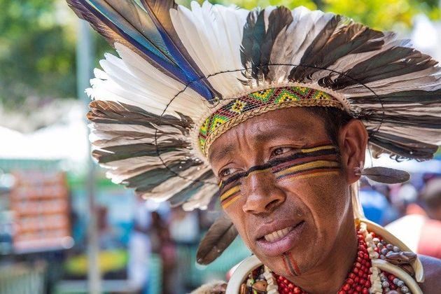 Membro do conselho local de saúde indígena, Tucurumã Pataxó, conta sobre as precariedades do serviço...
