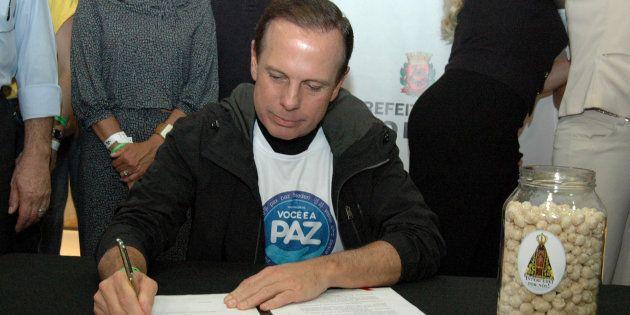 O prefeito João Doria (PSDB), em evento de lançamento do programa Alimento para