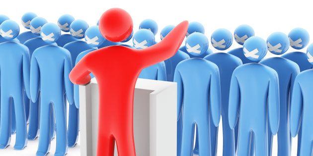 Entre políticos e eleitores, à cegueira ideológica, se adicionam interesses privados e