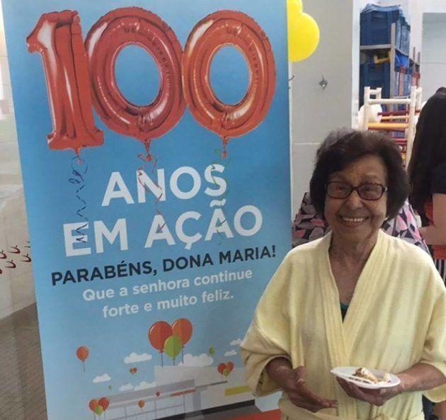 Don Maria, ao completar 100 anos, recebe homenagem da academia onde