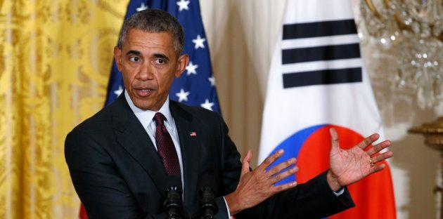 Em 2015, Ex-presidente Barack Obama faz discurso com a então presidente da Coreia do Sul, Park Geun-hye,...