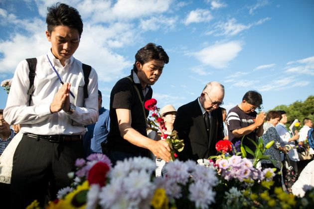 Hiroshima lembra vítimas de bomba e pede o desarmamento