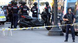 Atentado terrorista em área turística de Barcelona deixa mortos e