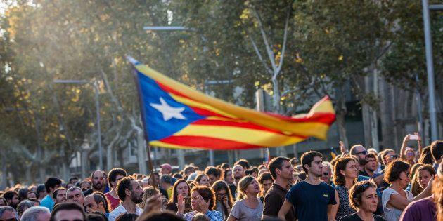 Cerca de 2 milhões de pessoas votaram a favor da independência