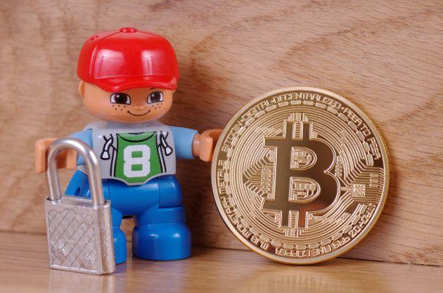 Olha esse Lego todo convencido com seu bitcoin. Quem recomendou o investimento para