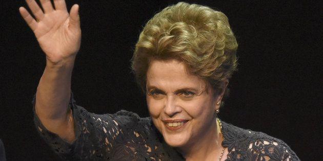 'Não descarto uma candidatura a senadora ou deputada', diz Dilma à